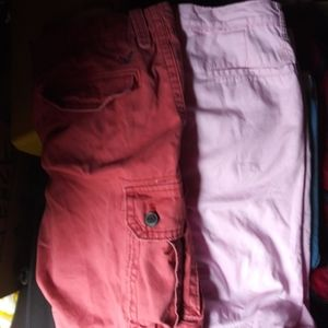 2 size 36 shorts Original Penguin& AE